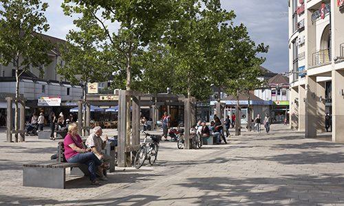 Die Porschestraße in der Wolfsburger Innenstadt